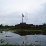 Tag 7 - die Kaiserstadt Hue - Die Zitadelle mit der Fahne