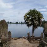 Tag 21 - Kambodscha - ein künstlicher See im Tempelkomplex von Angkor