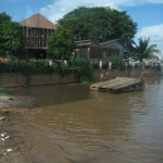 """Tag 22 - Kambodscha - Rückreise und Kids die im """"sauberen"""" Mekong baden"""